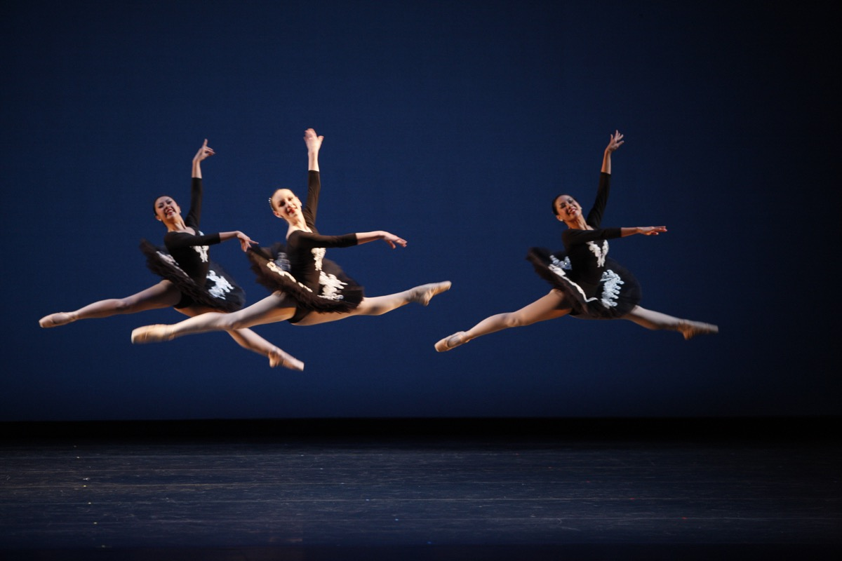 Kennedy Dance Theater – Ballet Jete